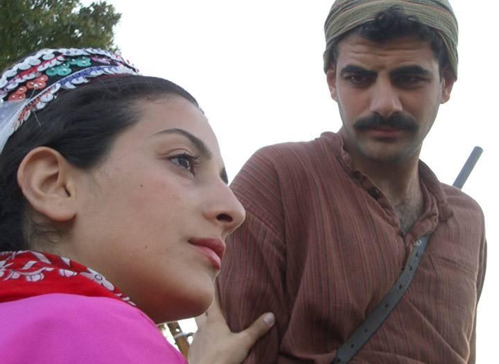 TV Filmi 'Adana'ya Bir Kız Geçti Gördün Mü'