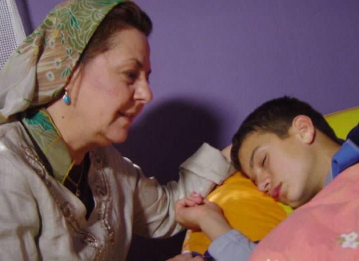 Bırakma Beni Anne – Kanal 7 TV Filmi