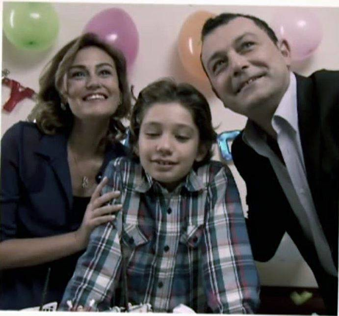 TV Filmi 'Hayat Sürprizlerle Dolu'
