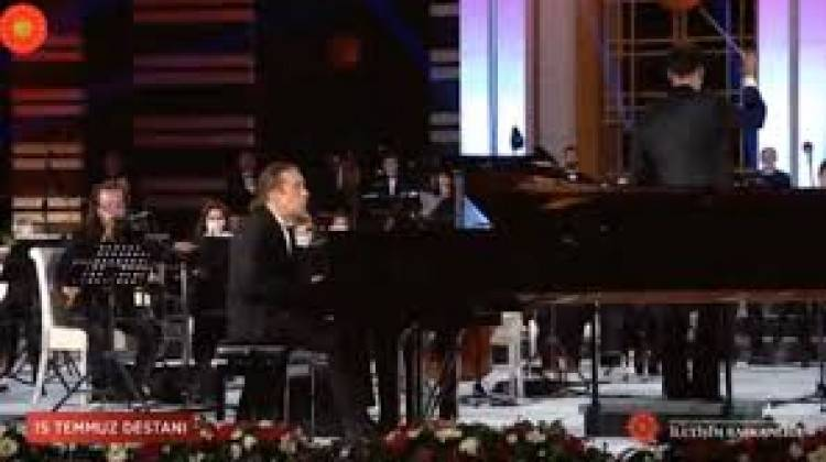 Cumhurbaşkanlığı Külliyesi'nde 15 Temmuz'a özel konser