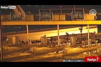 Darbe Girişimi Gecesi Boğaziçi Köprüsü'nde Yaşananlara Ait Görüntüler